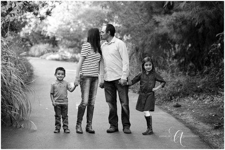 natural light photographer photography fall portraits utah family